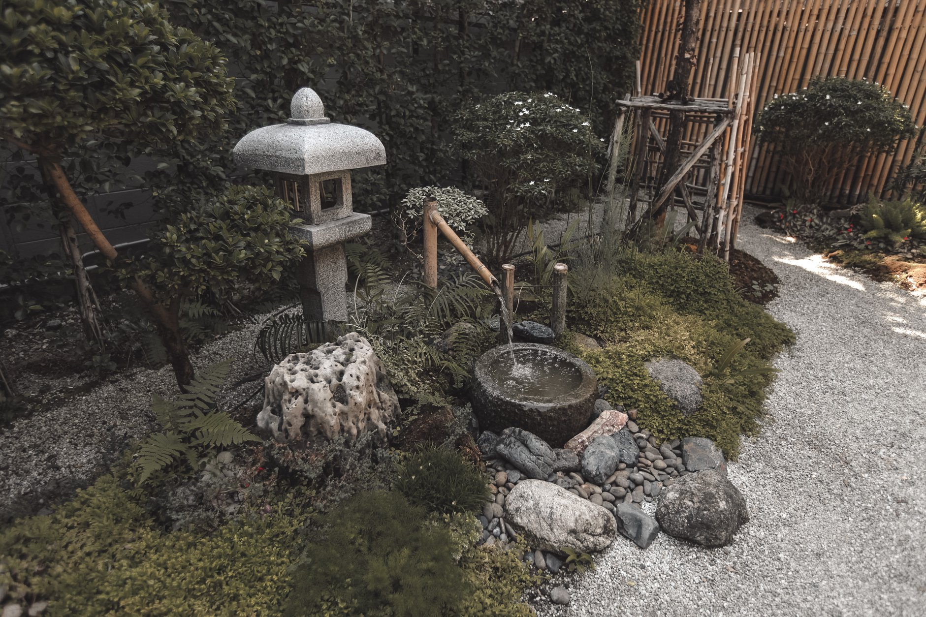 japanese water basin