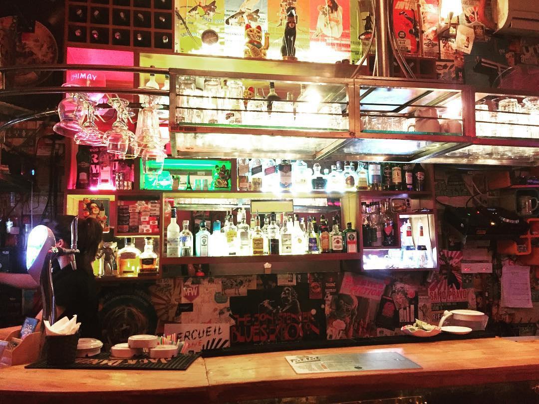 hanoi old quarter bars fat cat bar