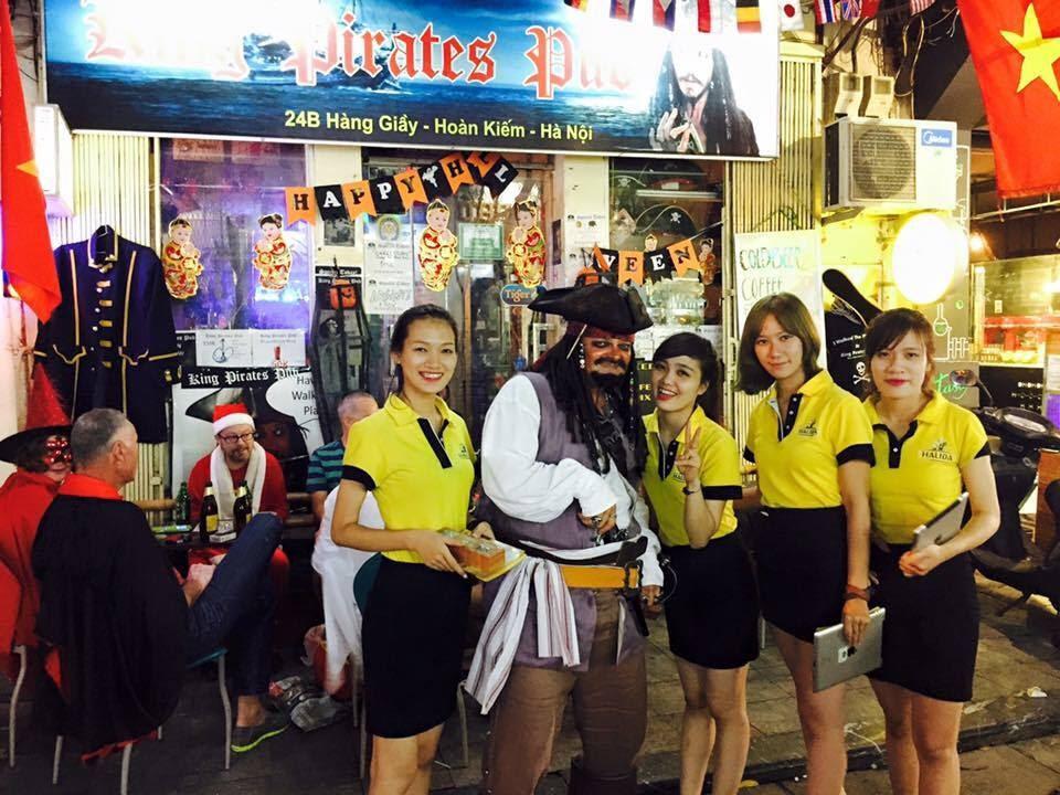 hanoi old quarter bars king pirates pub