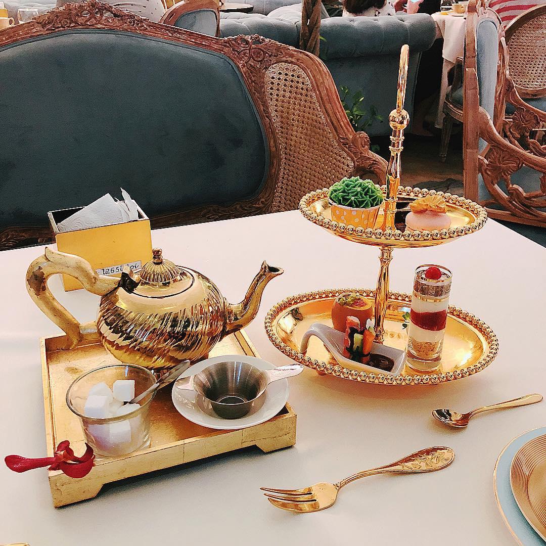 afternoon tea in saigon