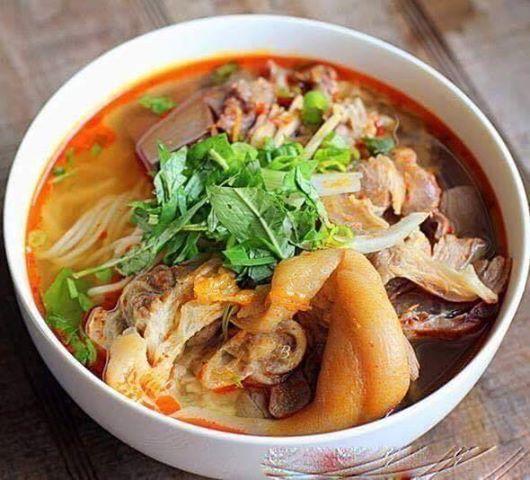 hue beef noodles