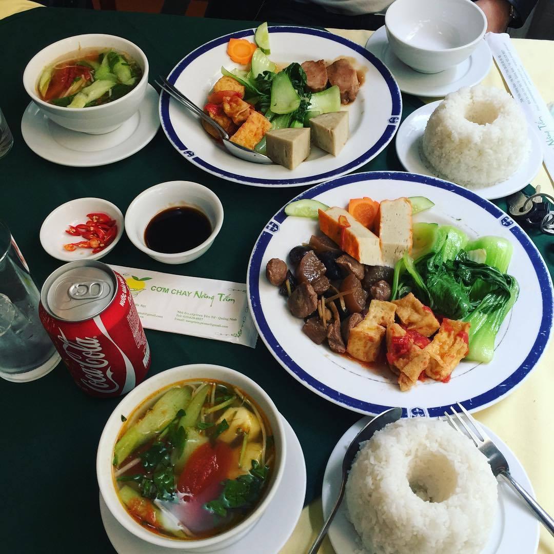 hanoi vegetarian restaurant nang tam food