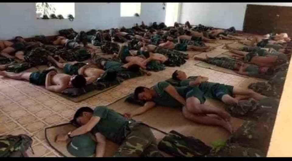 covid 19 vietnam soldiers give up beds to patients