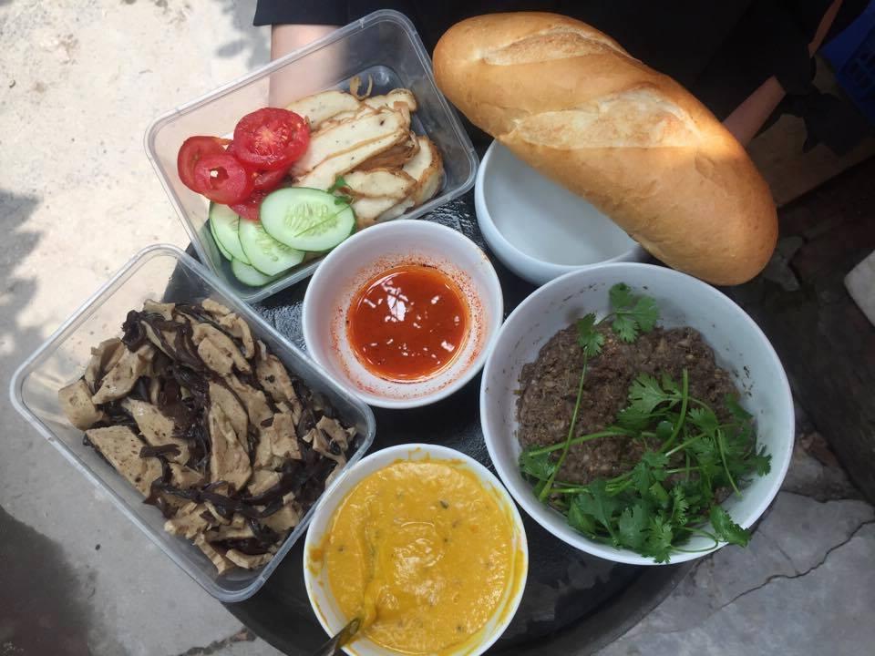 hanoi vegetarian restaurant vegan banh mi