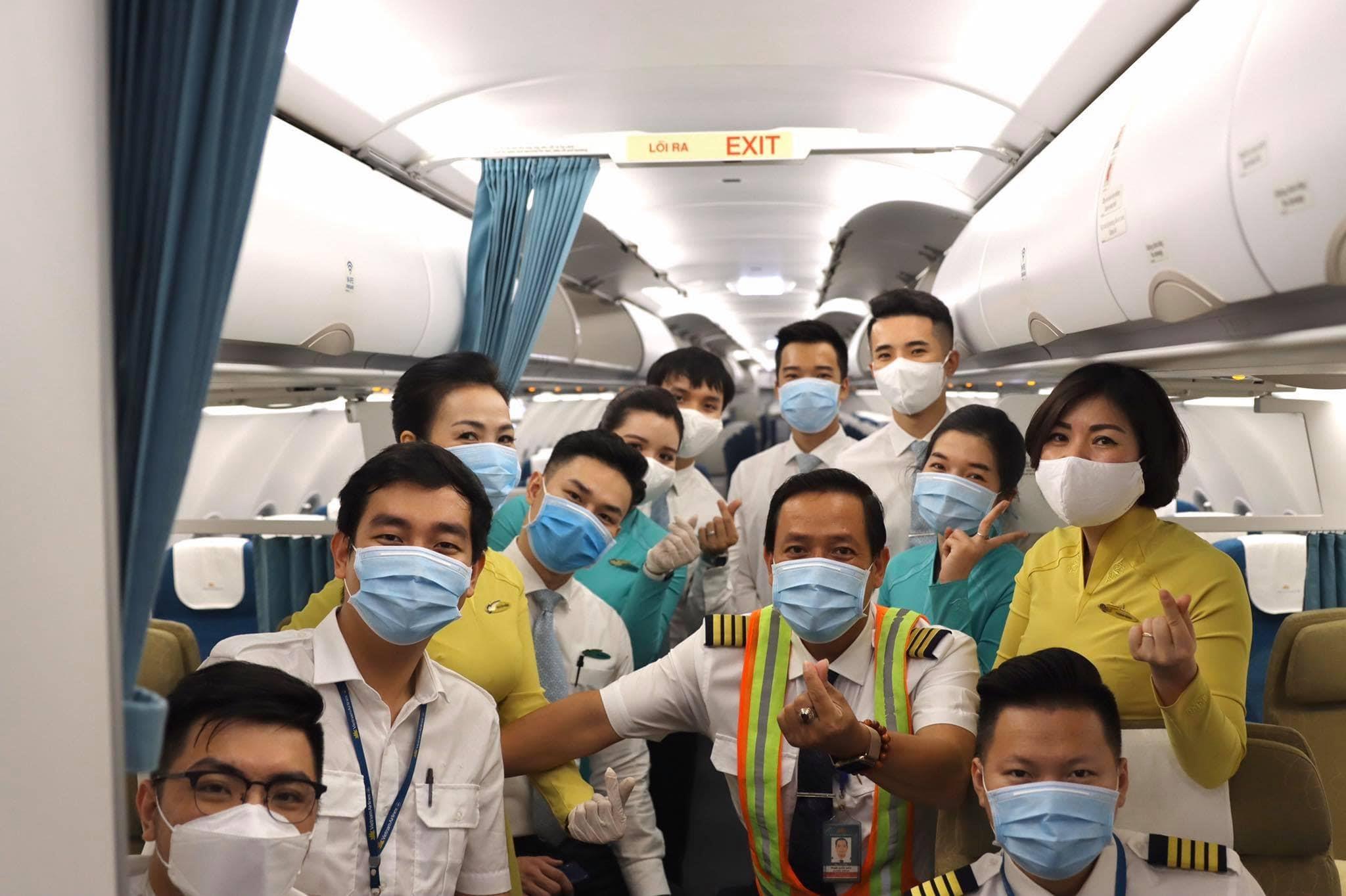 Vietnam airlines air crew
