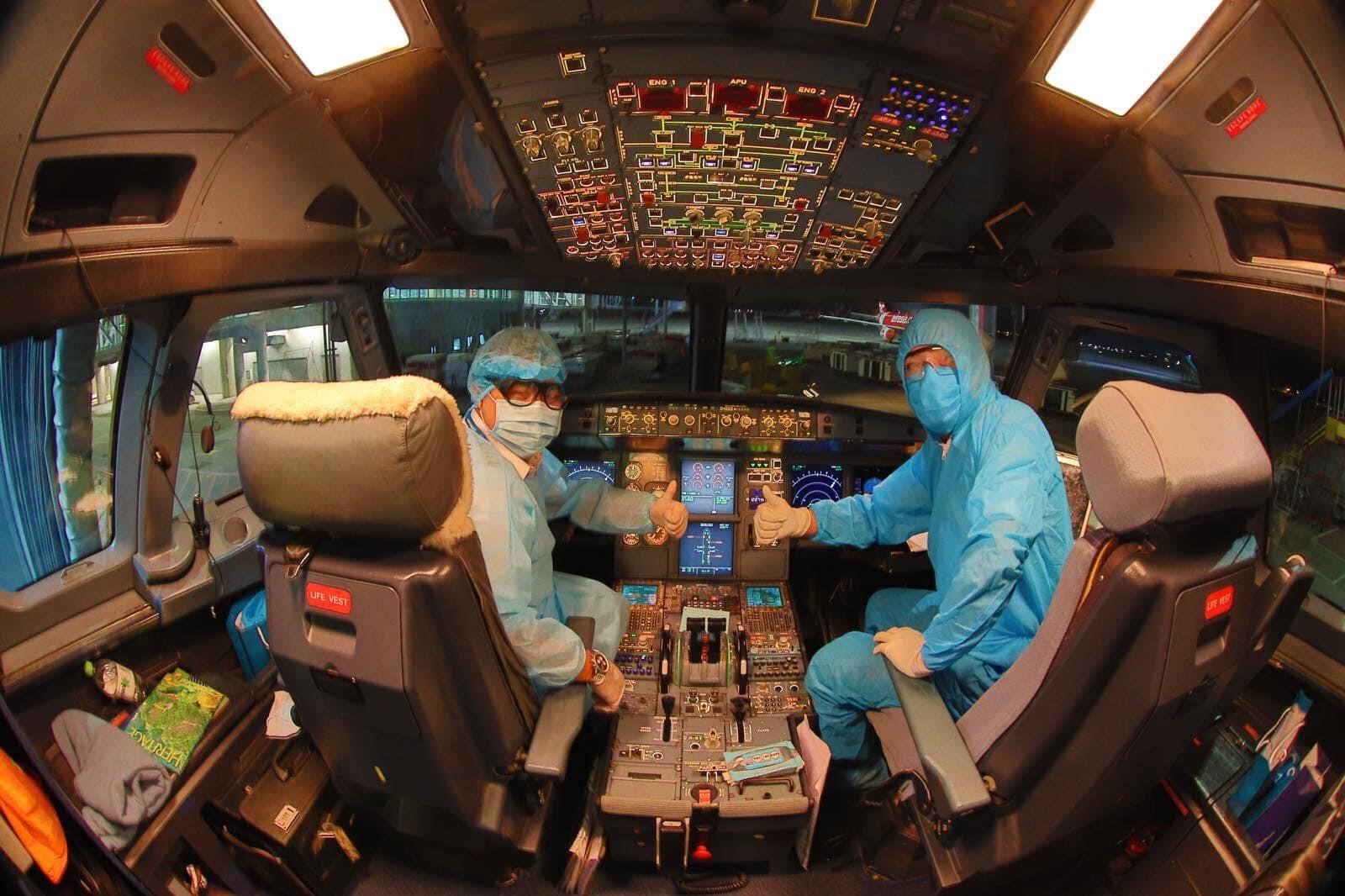 Vietnam airlines pilots