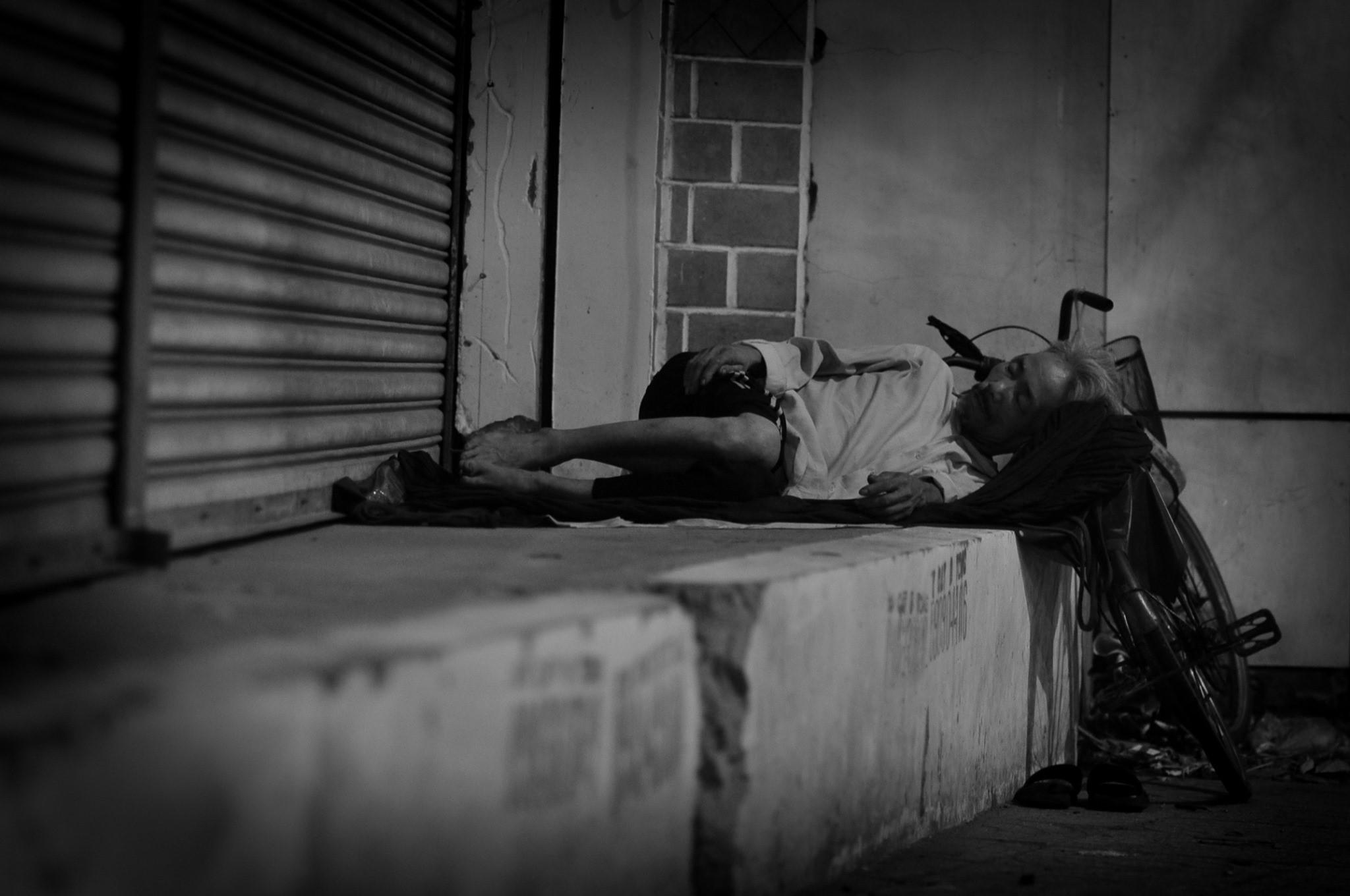 homeless man in Saigon