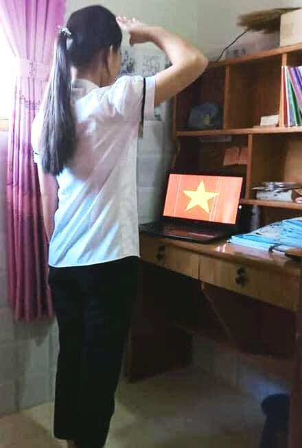 Vietnamese salute flag online