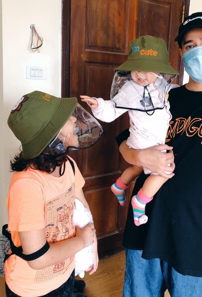 Mi Van children wear visors