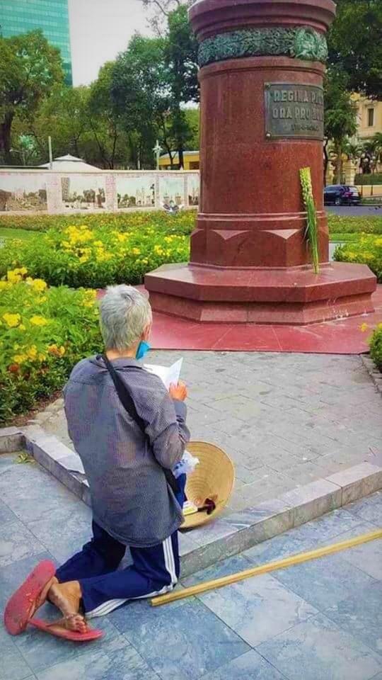 lottery man praying
