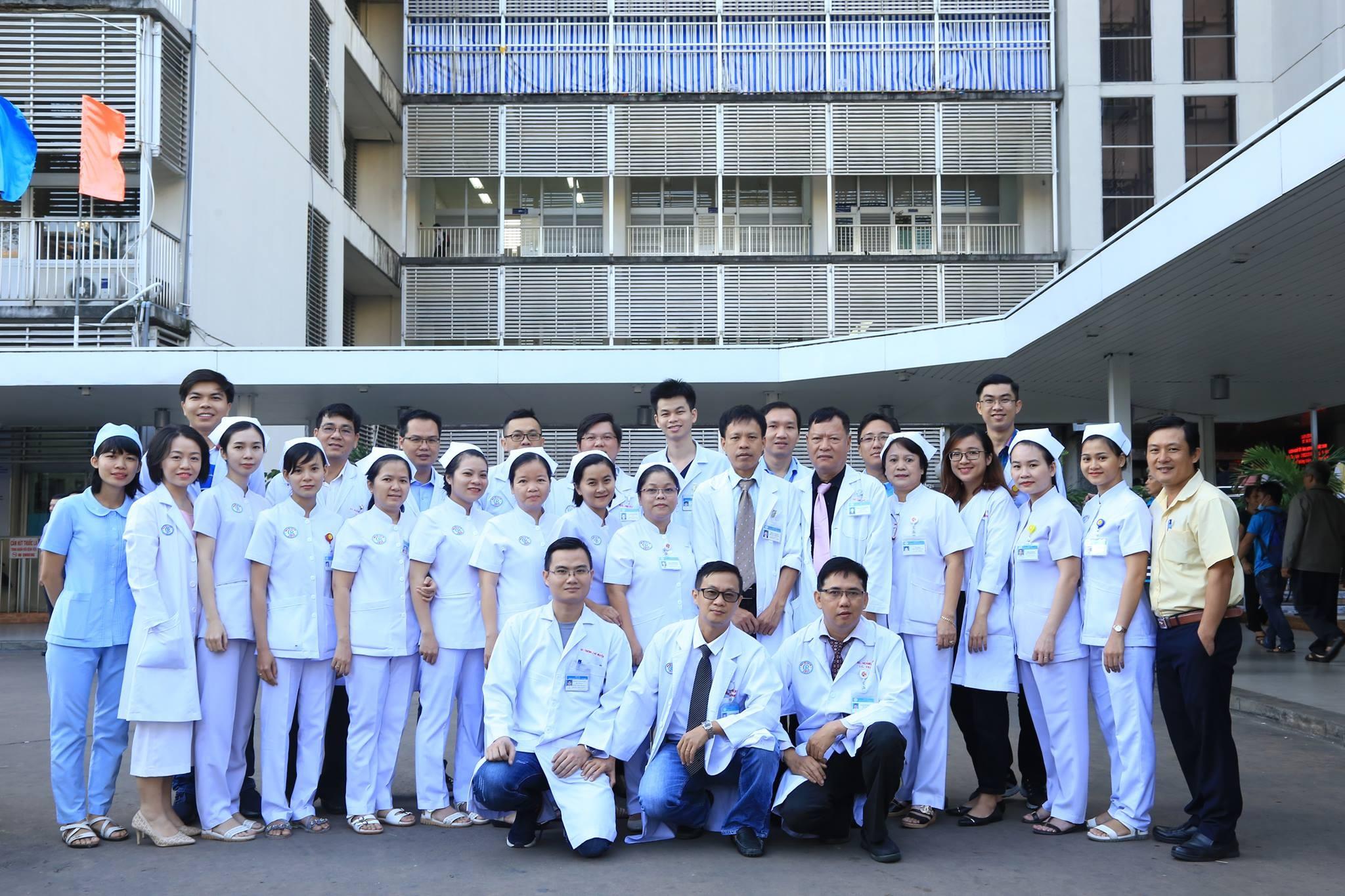 Cho Ray doctors and nurses