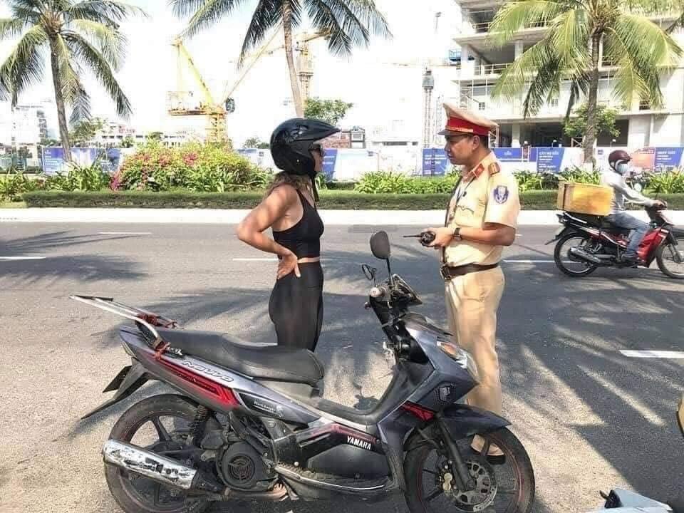 Vietnam traffic police