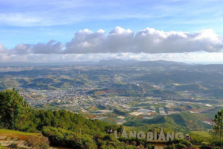 Vietnam natural landscape_Lang Biang Mountain