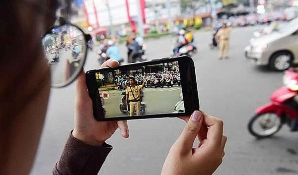 Vietnam traffic rules_record video