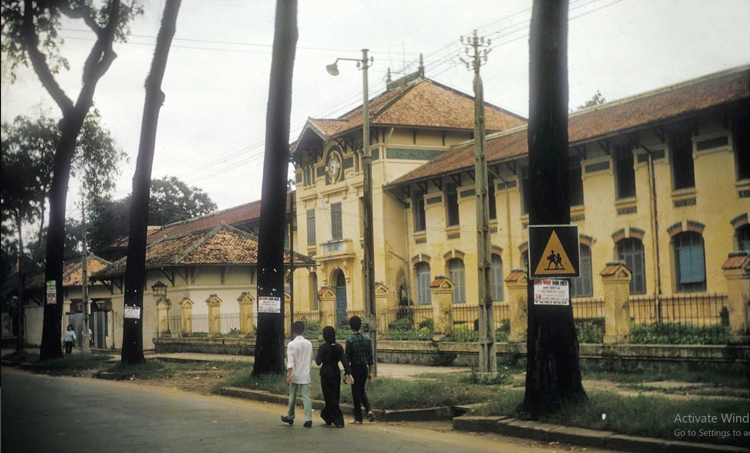 Saigon then and now_Gia Long school