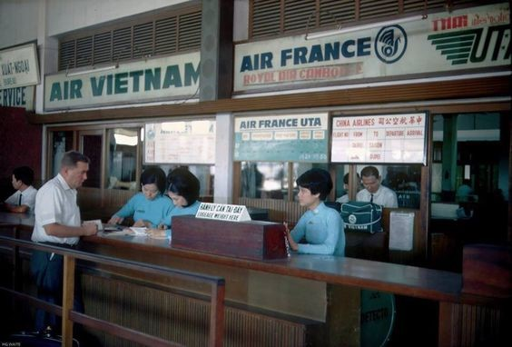 Saigon then and now_TSN airport