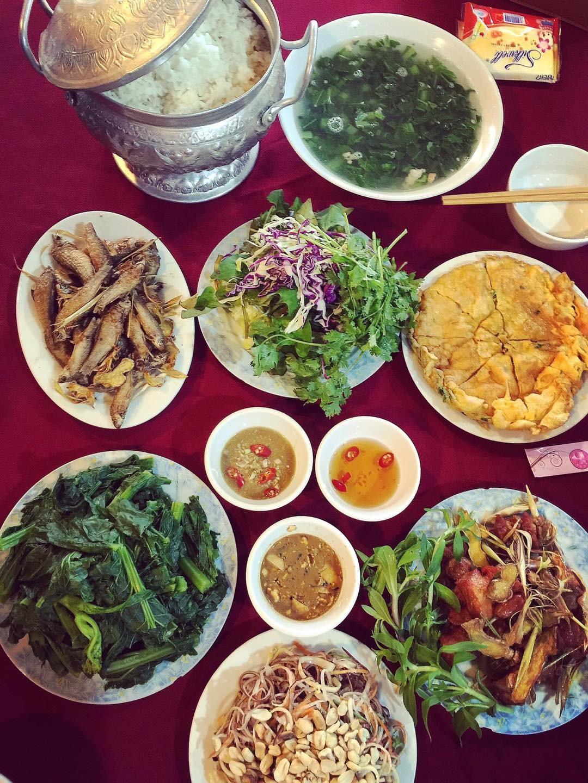 Vietnam natural landscape_Moc Chau restaurant