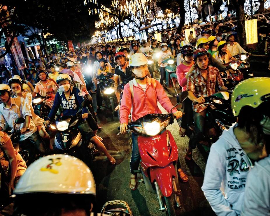 Vietnamese bike riding