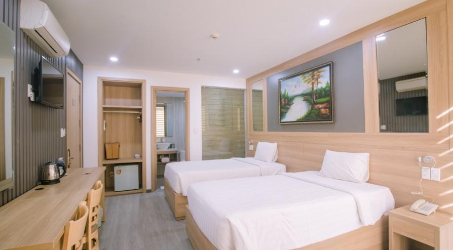 Da Nang City - Bien Vang Hotel