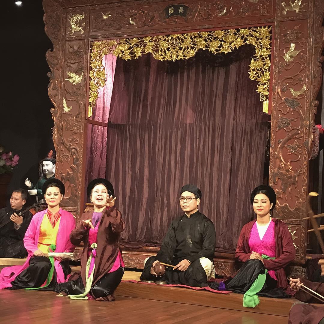 vietnamese idioms - traditional vietnamese singing