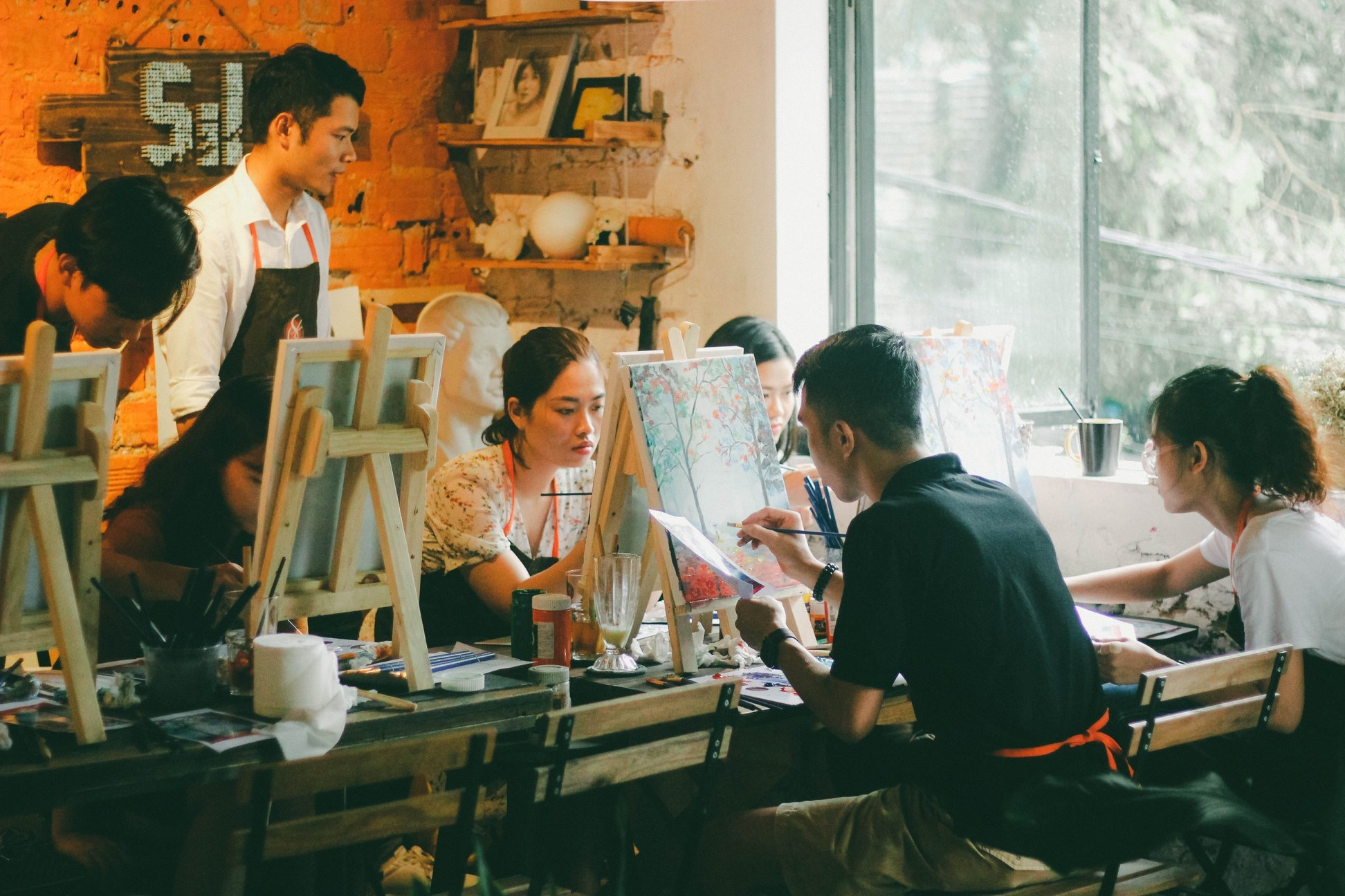 things to do in Hanoi - painting workshop