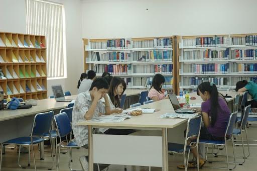 School library_smart camera