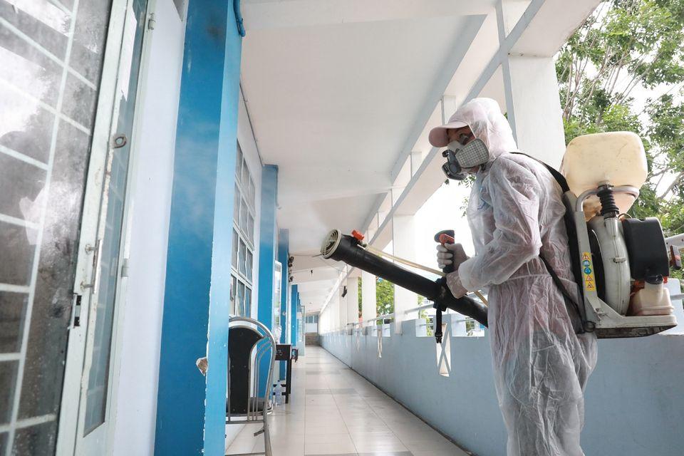 Vietnam 2020 high school grad exam_disinfection
