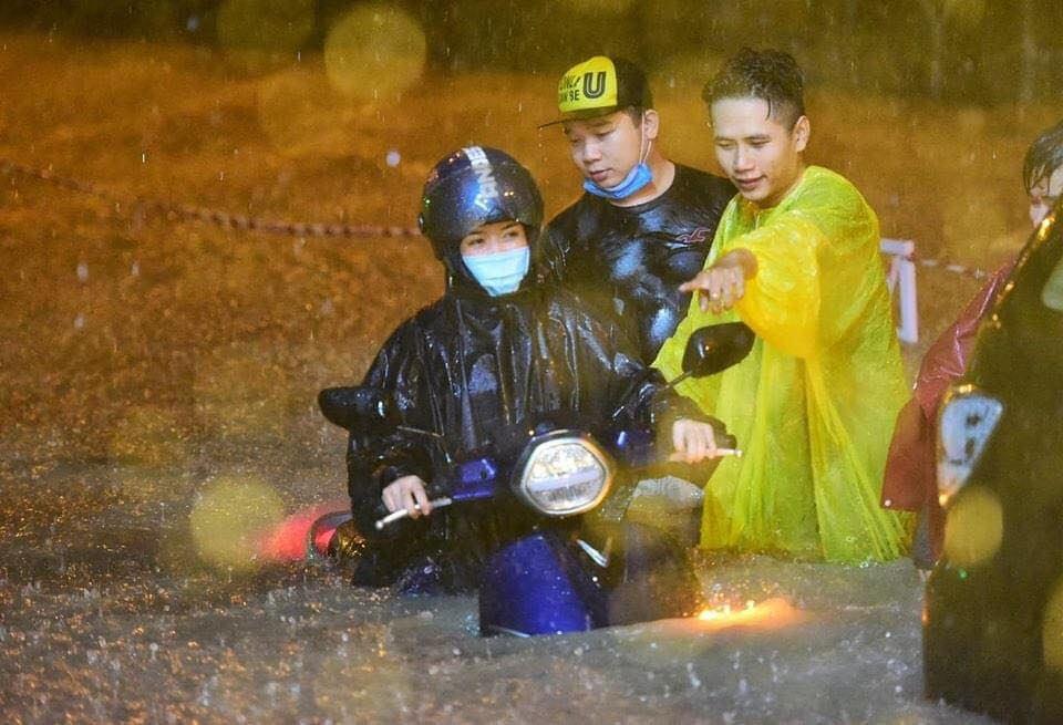 UDI MAPS - Saigon flood