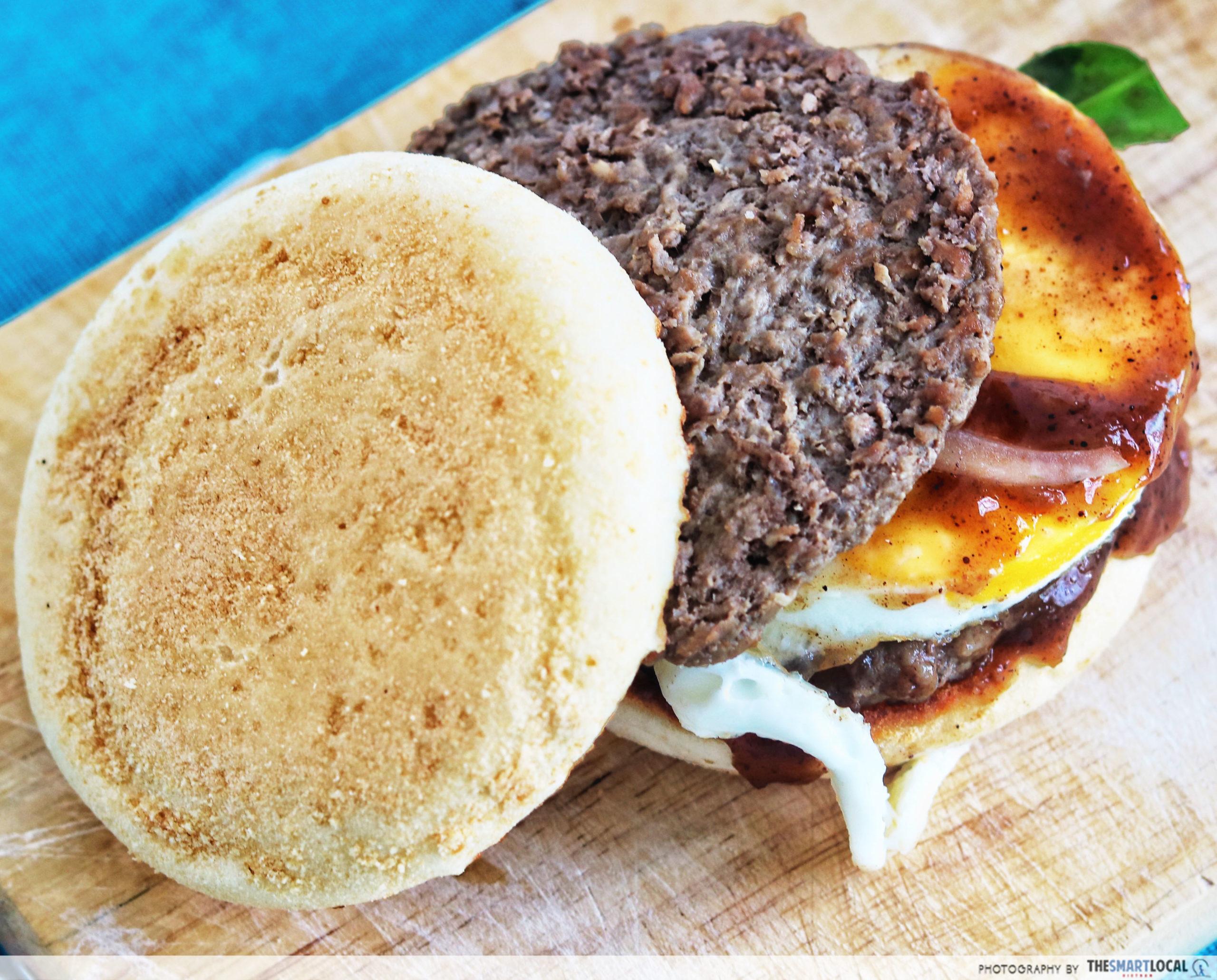 McDonald's Pho Burger_review