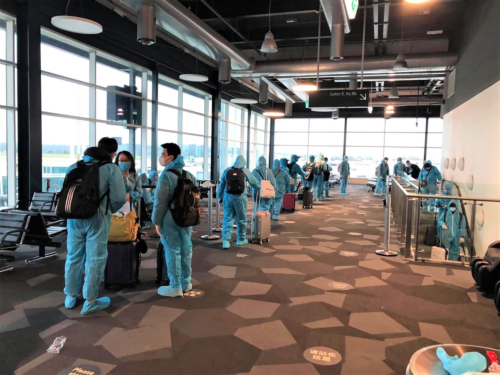 Vietnam COVID-19-airport