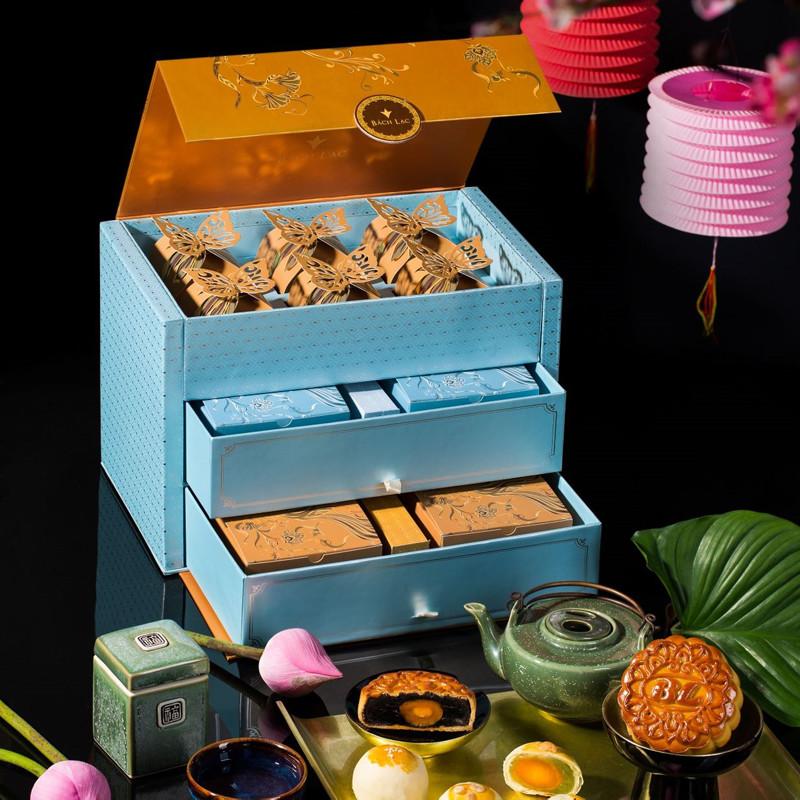 Vietnam mooncakes-Bach Lac Bakery