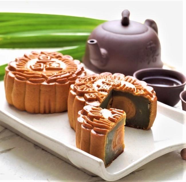 Vietnam mooncakes-Leong Yin