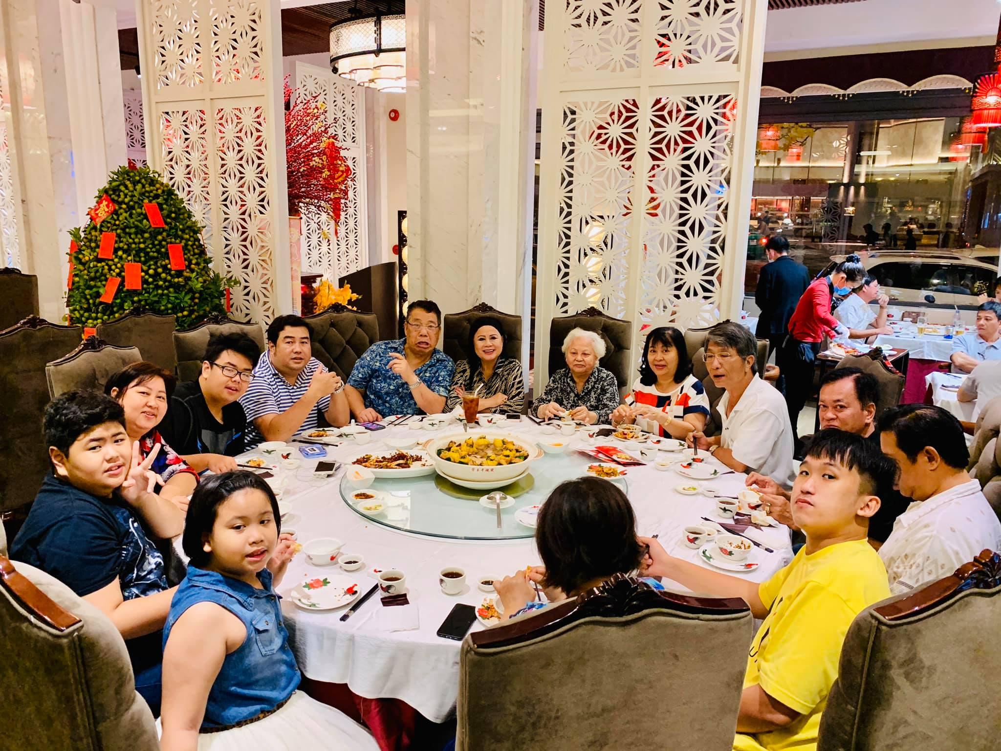 hong kong restaurant_dim tu tac