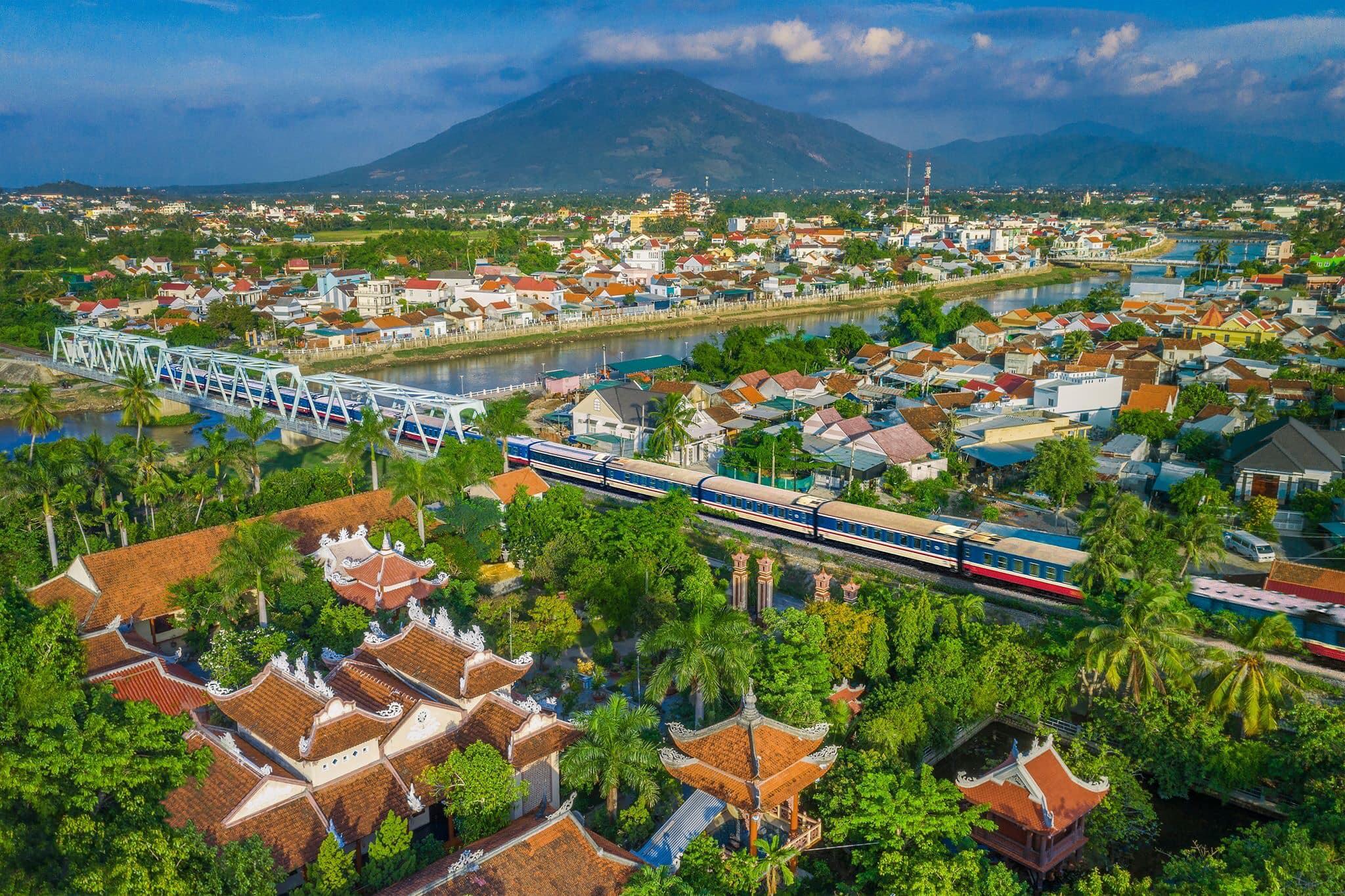 Danang COVID-19-train