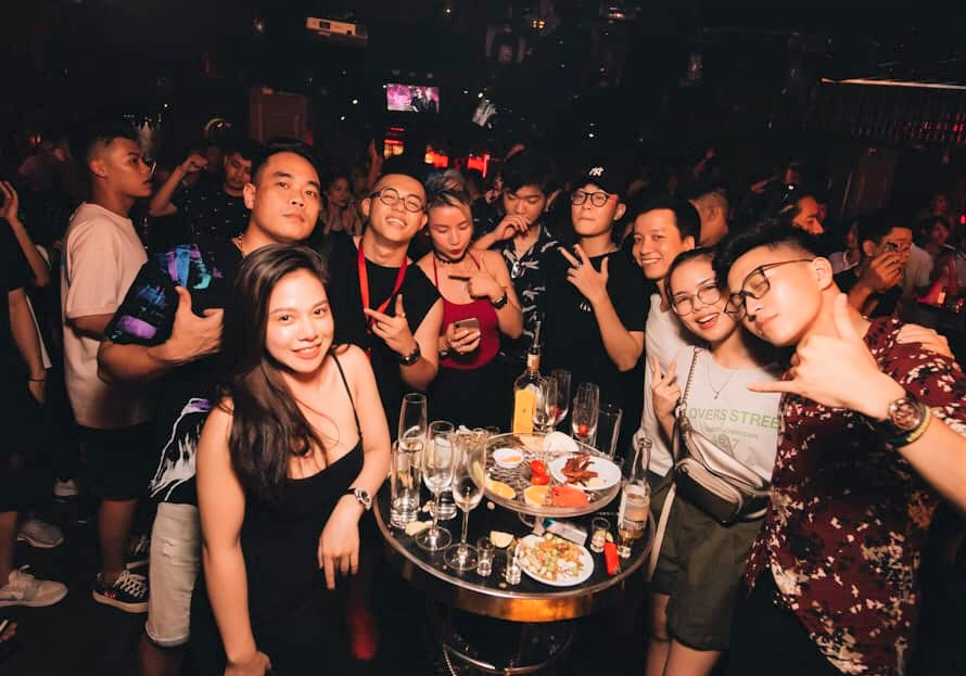 Hanoi bar reopen-IP Club