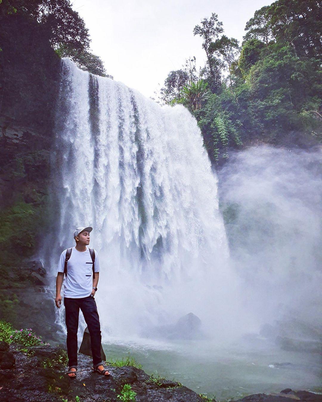 vietnam waterfalls - dambri waterfall 2