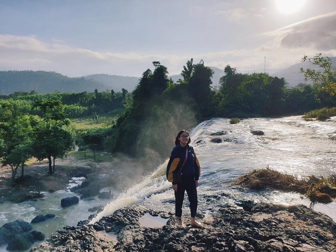 vietnam waterfalls - h'ly waterfall 2