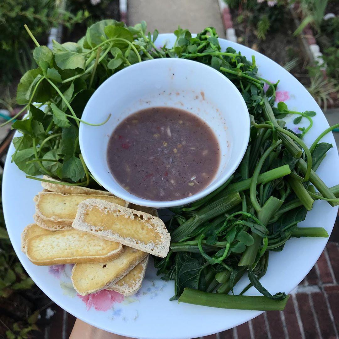 weird vietnamese foods - mắm tôm