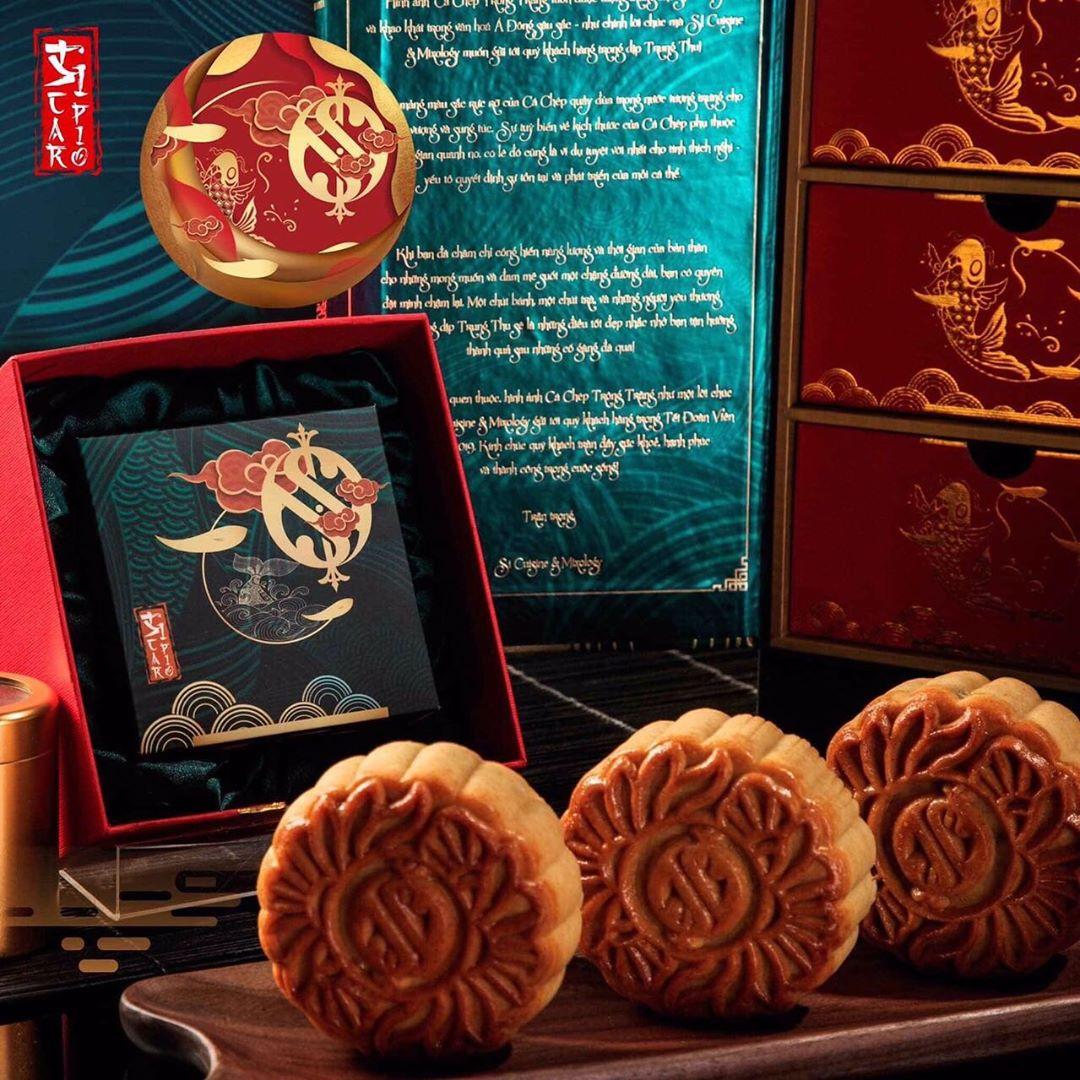 hanoi things to do october - mid-autumn festival mooncakes