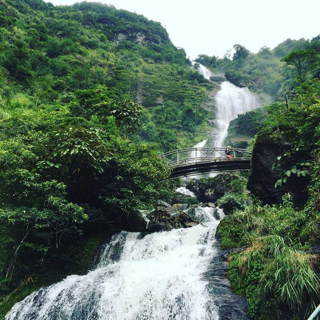 vietnam waterfalls - silver waterfall sapa 2