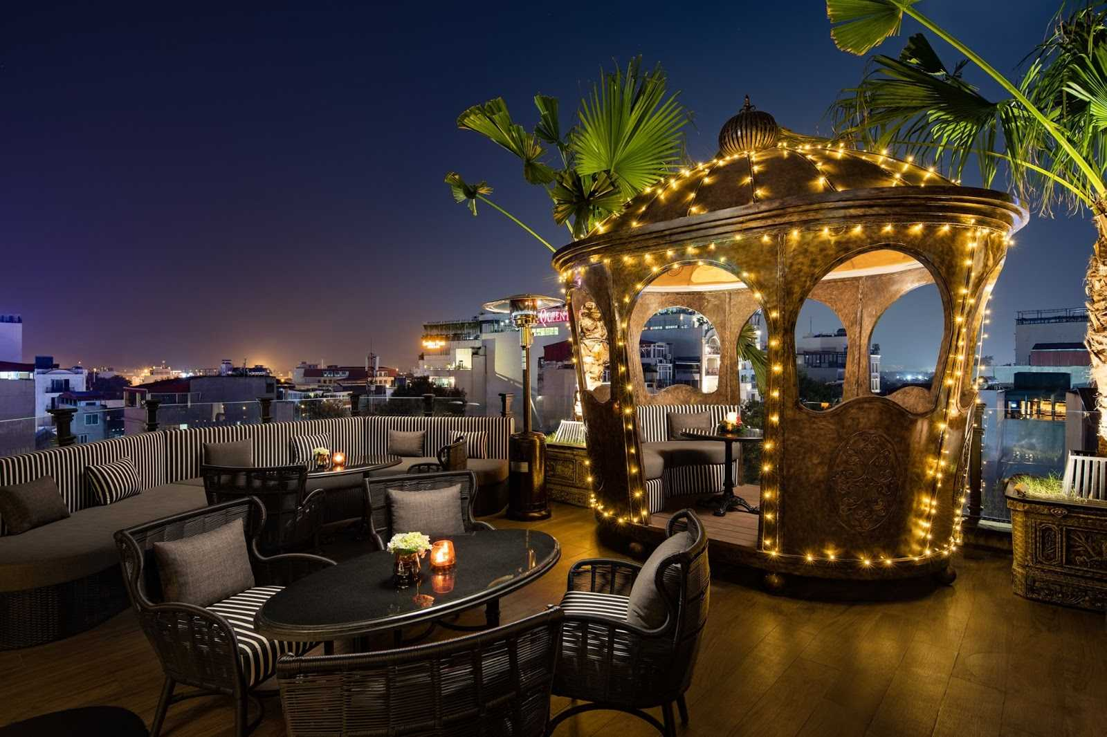 hanoi rooftop bars - terraco sky bar crown decor