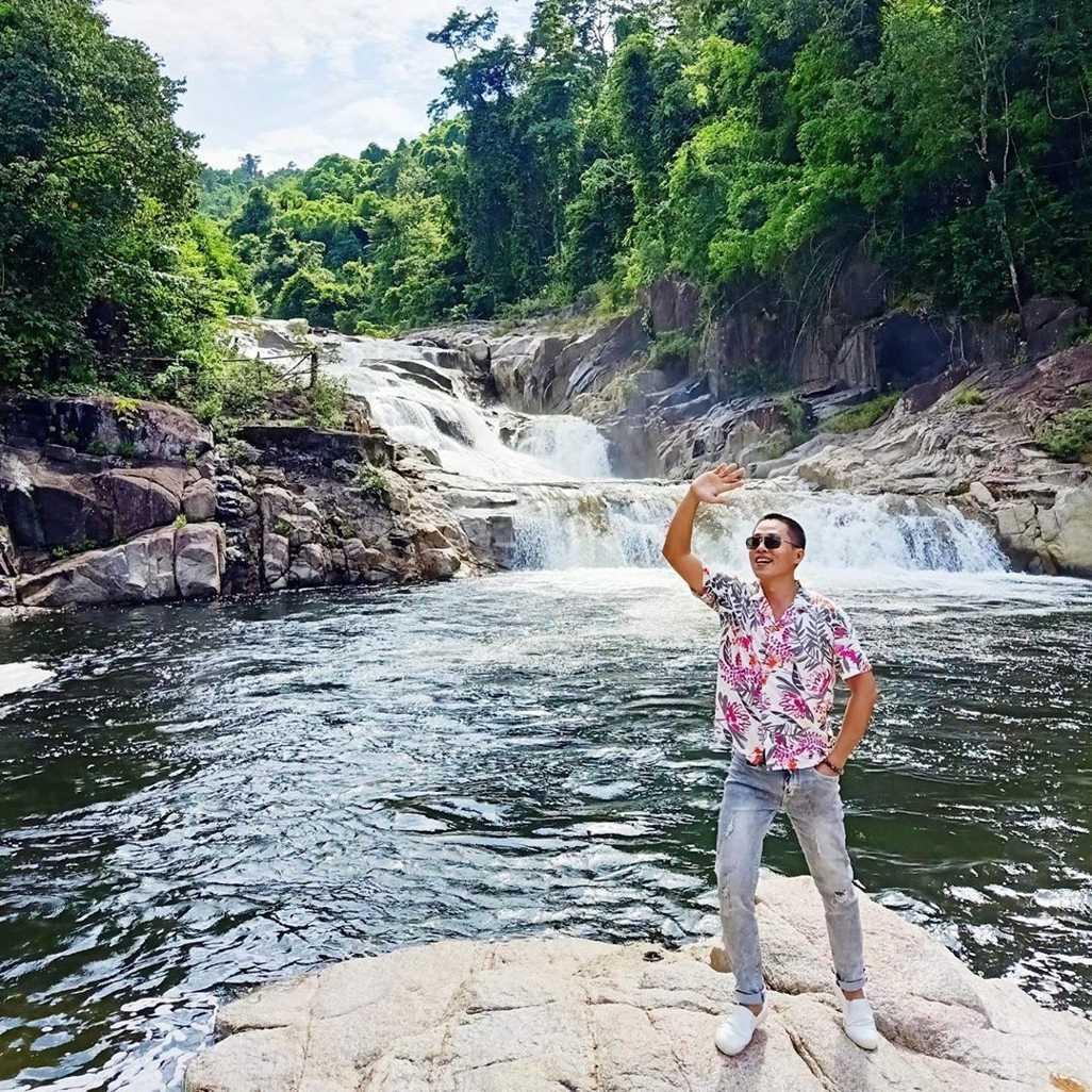 vietnam waterfalls - yang bay waterfall