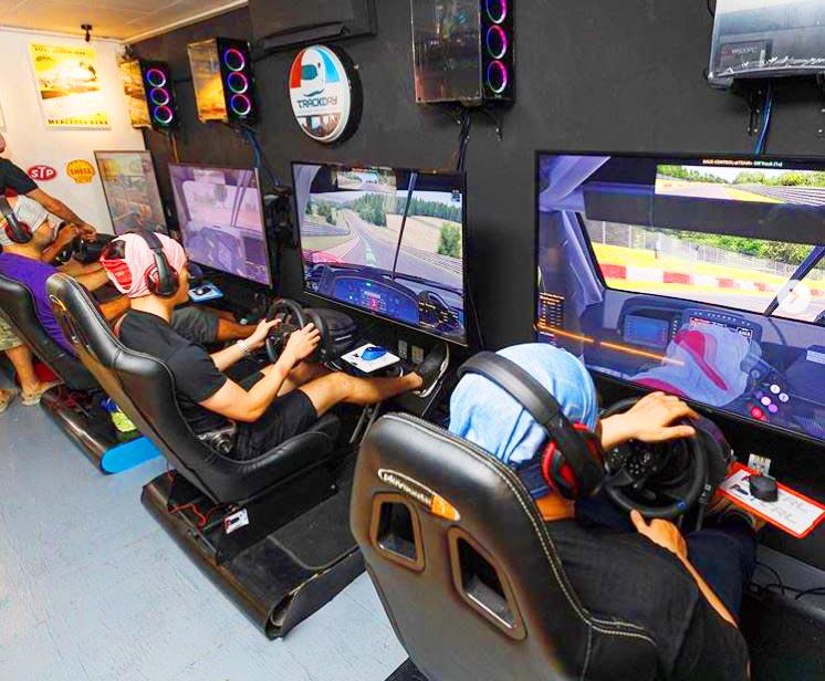Saigon Outcast simulation racing game