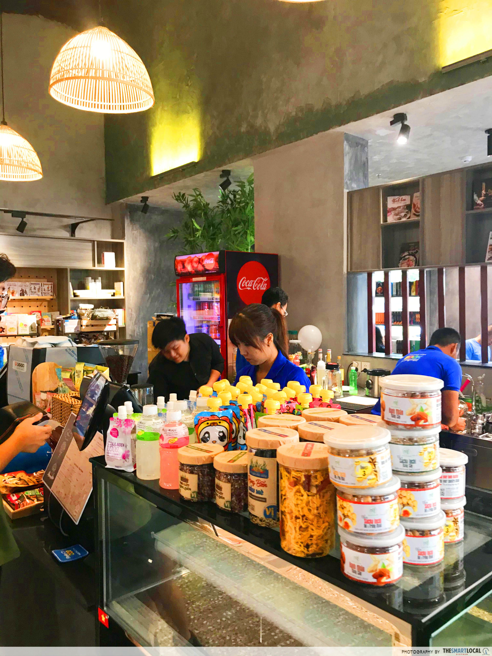 Phuong Nam Book City Saigon Center_cafe