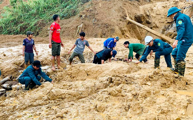 Typhoon Molave_landslides