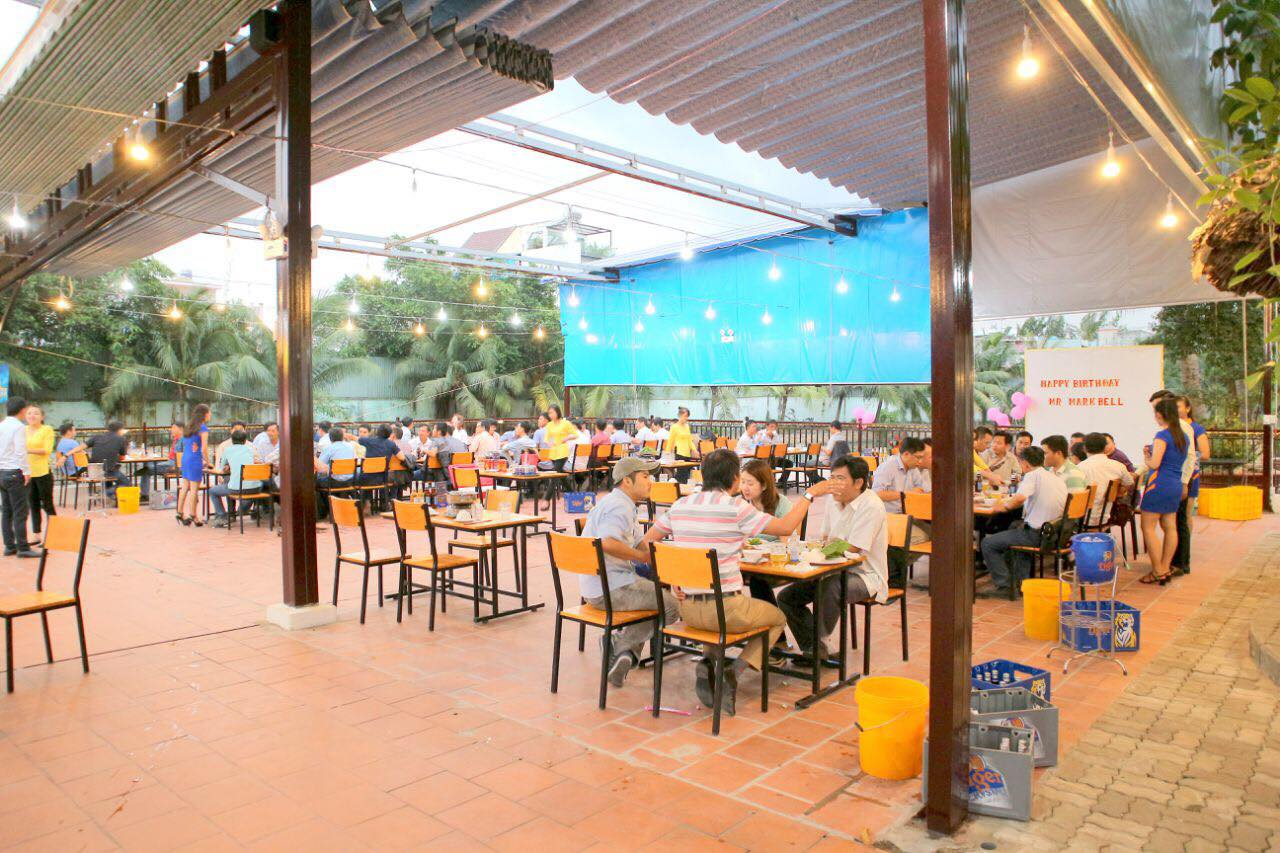 Saigon riverside restaurants_boat house