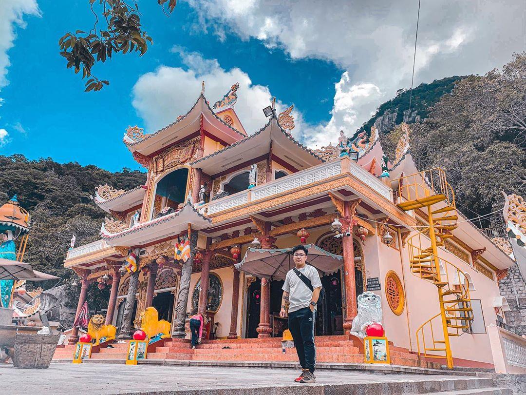 Vietnam camping sites_Ba Den mountain