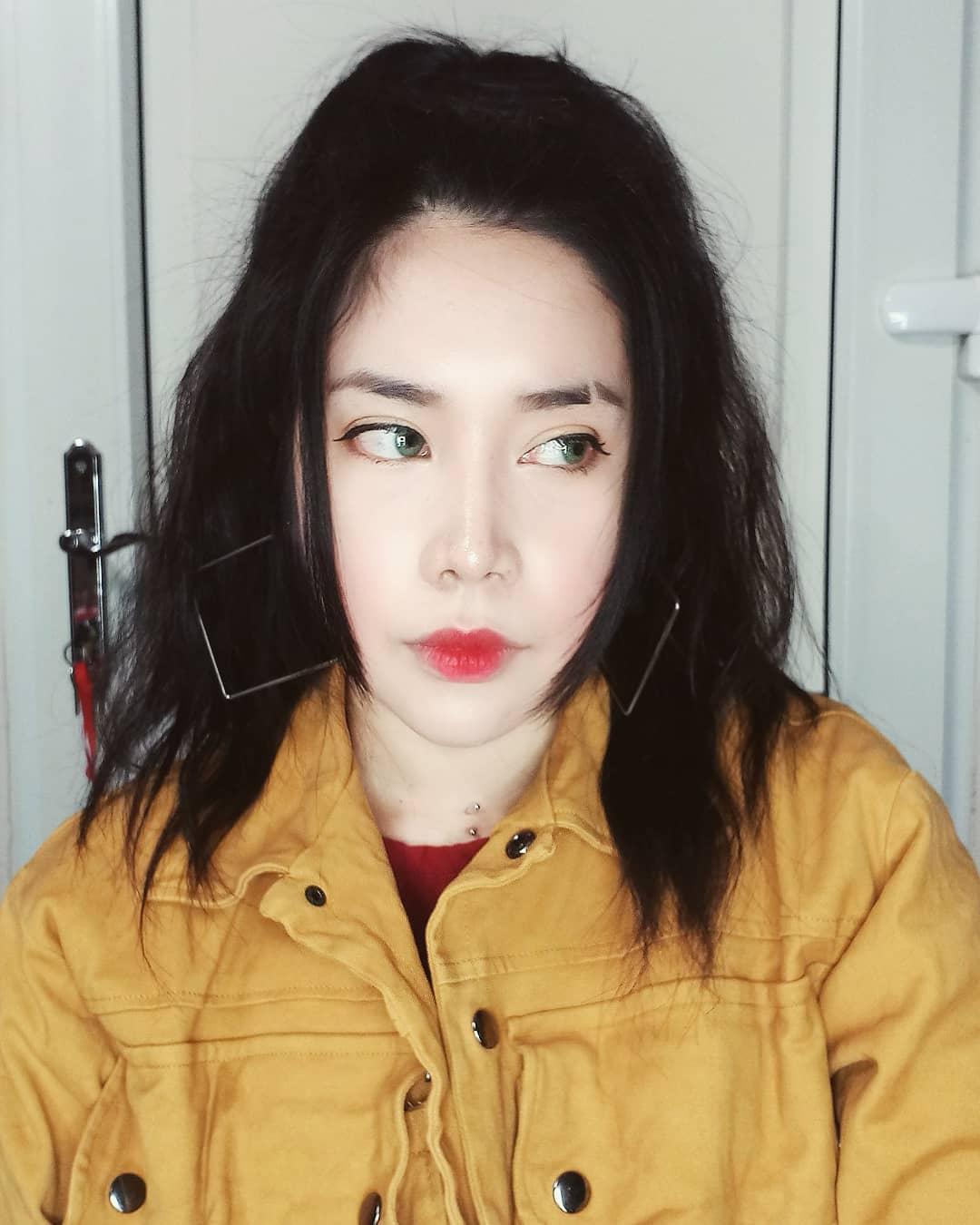 Lee D cosplayer Youtuber