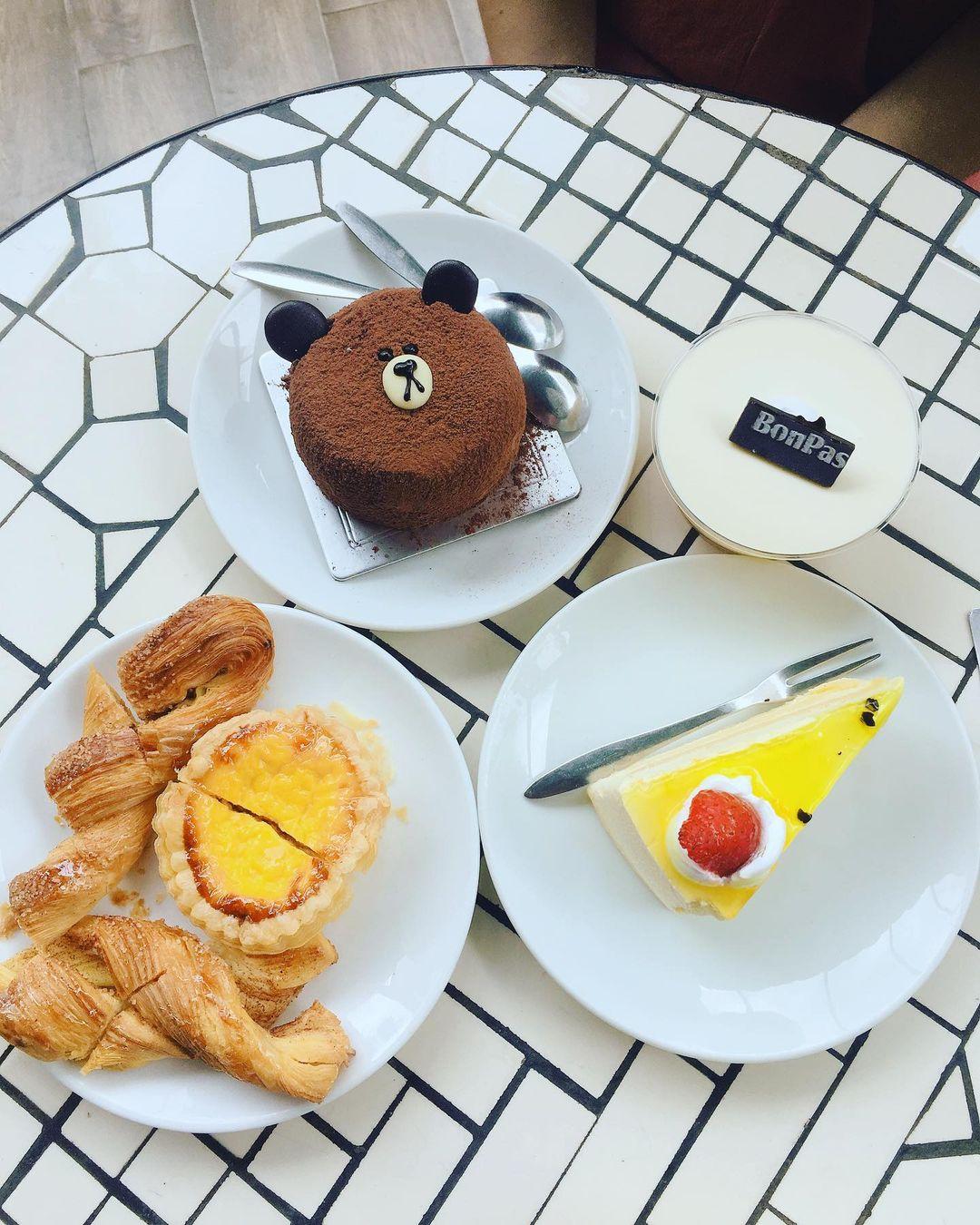 đà nẵng bakeries - bon pas cakes