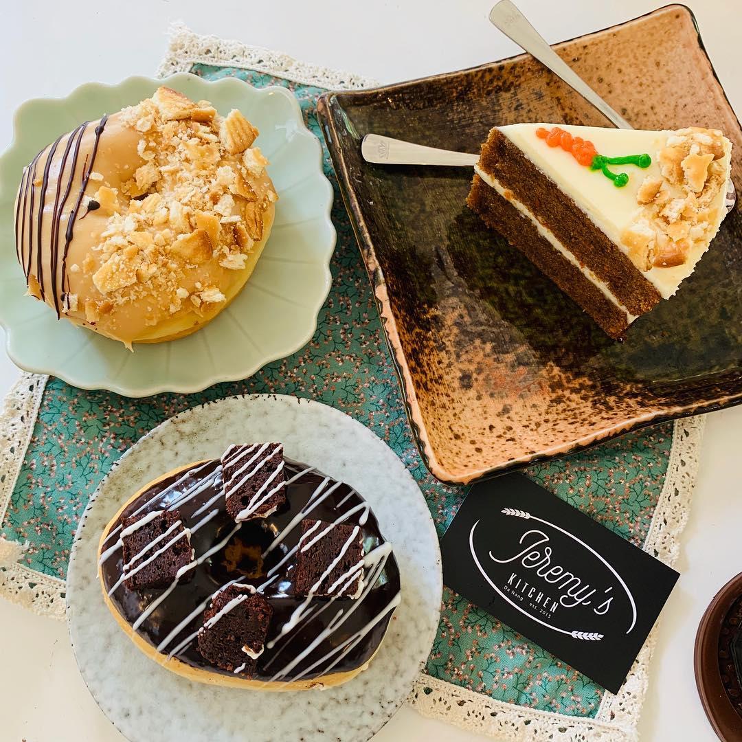 đà nẵng bakeries - jeremys donuts
